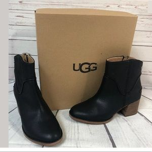 UGG Annie Ankle Boots Black Sizec6.5 New Booties